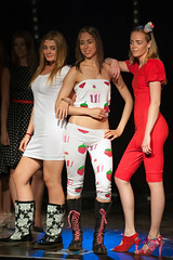 (Dmitry Valberg) Tags: woman eye girl look fashion oslo norway eyes nikon 28 nikkor fx portret f28 catwalk d700
