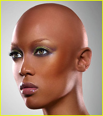 tyra-banks-bald