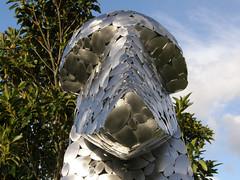 2007-12-23-Stoneleigh-2007-11-06-Kuri Topiary (russellstreet) Tags: newzealand sculpture auckland nzl manukau aucklandbotanicalgardens stevewoodward sculpturesinthegarden2007 stoneleighsculpturesinthegarden2007 kuritopiary