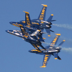 Very Tight Tuck Under Break (kentsmith9) Tags: blueangels aircraft airplanes navy formation flying blue sky tuckunderbreak pp10 andromeda50 andromeda5010 colorphotoaward ep10 canon eos 40d angels tuck under break andromeda notmaxgroup quantity alotof lot many lots square event military reddit