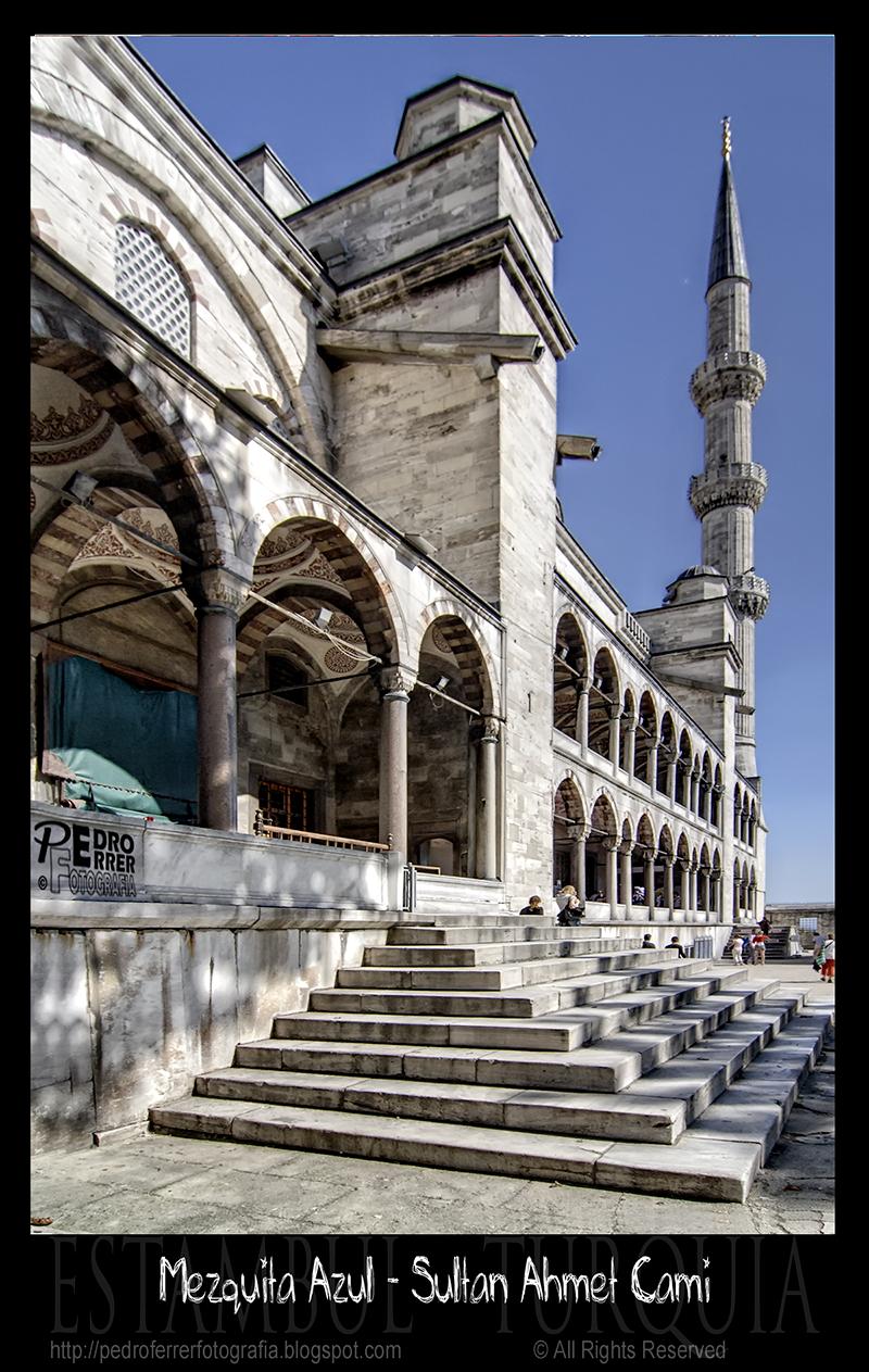 Mezquita Azul - Blue Mosque - Sultanahmet Cami - Entrada trasera