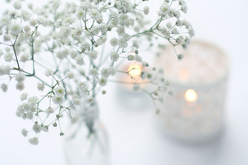 baby's breath and candles