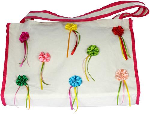 Sacolão com Flores de Fitas by PARANOARTE