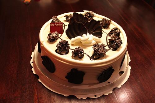 生日蛋糕-elly的牛奶糖巧克力好好吃