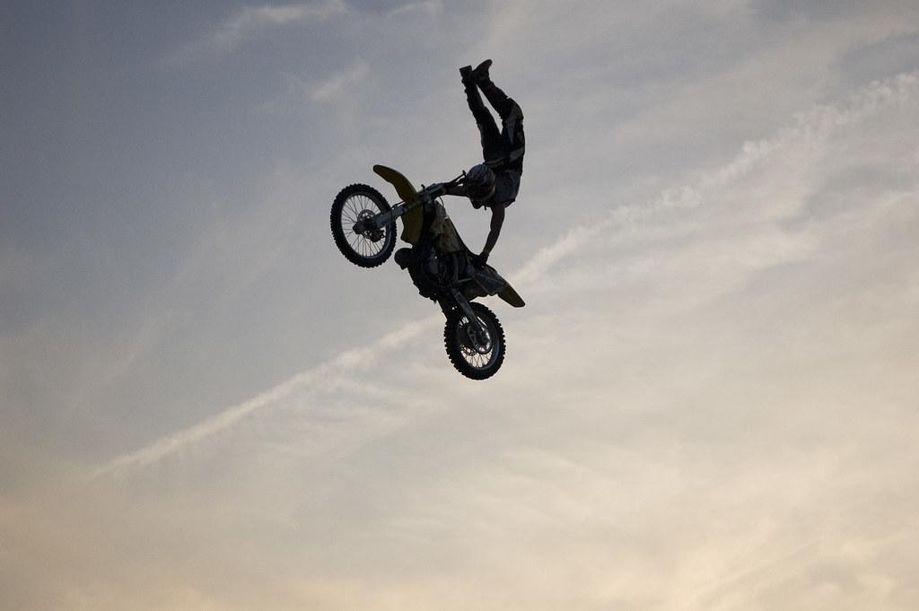 Motocross Stunt Devils