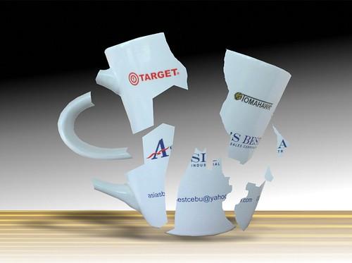 roken mug,shattered cup