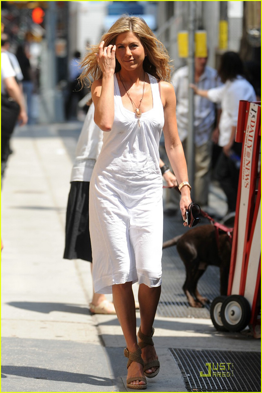 jennifer-aniston-white-out-woman-07