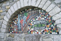 Murphys Irish Stout advert, Nenagh (RETRO STU) Tags: ireland locomotive nenagh countytipperary murphysirishstout pubadvert stephensonsrocket