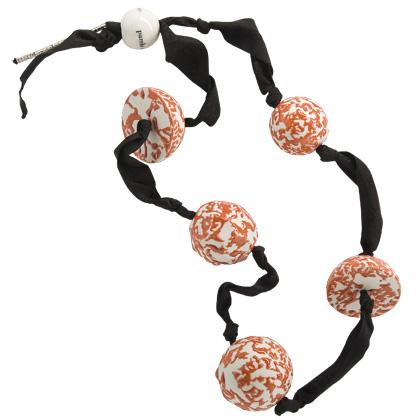 Collares de perlas de porcelana