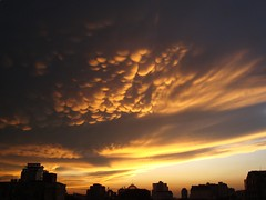 Sunset on Mammatus Clouds, Hanoi (vnkht) Tags: sunset brown yellow clouds skyscape dusk sony bubbles vietnam hanoi 2009 beautifulclouds hoankiem mammatus vitnam hni ingroup honkim qun dscw130 cloudsgroup hanoigroup gavinkwhite