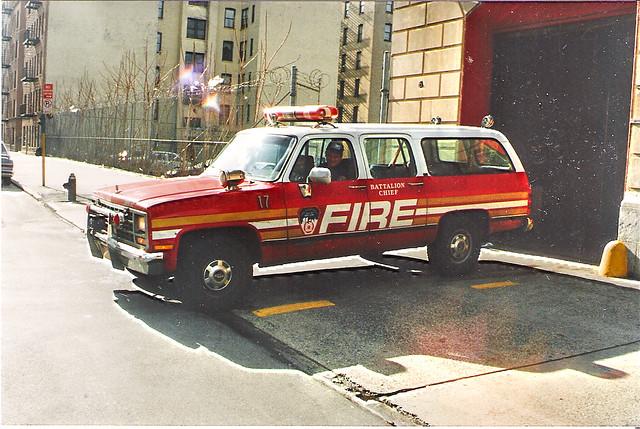 new york city rescue chevrolet fire suburban bronx engine ladder soc fdny department southbronx morrisania battalion17