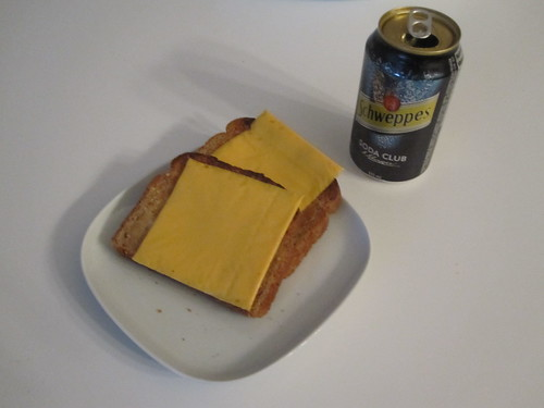 Cheese toast and club soda