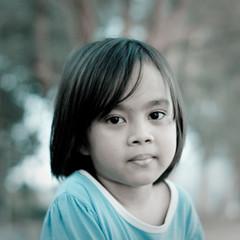 Aisyah (Abdul Manaf Yasin) Tags: portrait canon eos 50mm child bokeh young malaysia terengganu aisyah kemaman coldtone 450d telagasimpul