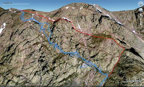 Versant complet de Sierra Pianella vu via Google Earth En bleu : parcours A/R du 30/08/09 (trace GPS) En rouge : parcours normal (?)