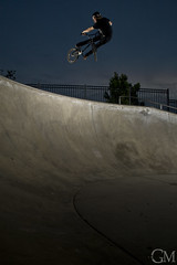 Marcus Obrien Lookback (Garrett Meyers) Tags: park art bike sport photography photo los bmx gm marcus angeles extreme jeremy cycle skate obrien pro kaiser lookback strobist sction garrettmeyersfoto