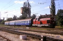 55 138  Levski  23.08.06 (w. + h. brutzer) Tags: analog train nikon eisenbahn railway zug trains bulgaria locomotive 55 lokomotive diesellok bulgarien levski eisenbahnen bdz dieselloks webru