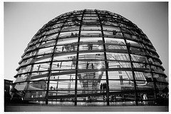 A19-506 (kens_foto) Tags: berlin germany 400tx reichstag normanfoster 2009  reichstagsgebude hexaraf