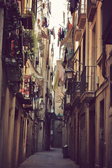 Narrow streets (Paine666) Tags: barcelona streets balcony bcn laundry tight carrers calles oldarchitecture balcones urbanphotography districte callejones ropatendida callesestrechas narrowstreets oldstreets outdoorphotography olddistrict outdoorlaundry gothictown summer2009 callesviejas carrersvells coladaenlascalles