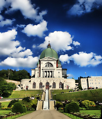 St Joseph's Oratory in Montreal (` Toshio ') Tags: trees summer sky people canada building tree church grass gardens architecture clouds stairs garden religious shrine catholic quebec montreal basilica faith religion perspective stjoseph canadian stjosephsoratory dome polarizer bushes hdr oratory toshio highdynamicresolution platinumheartaward thesuperbmasterpiece choisephotos