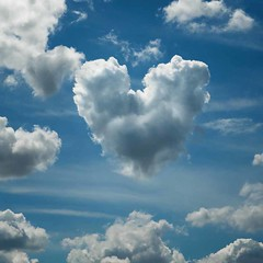 Heart-shaped cloud over Shoebury (louisahennessysuou) Tags: sky cloud strange explore chapeau mickeymouse ameliepoulain essex southend shoeburyness garrison cloudscapes southendonsea flickrexplore shoebury explored nikon24120mmvr omot shoeburygarrison nikond700 explorewinnersoftheworld cloudslightningstorms artistictreasurechest updatecollection magicunicornverybest thepowerofnow