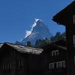 Matterhorn und Zermatter Häuser thumbnail