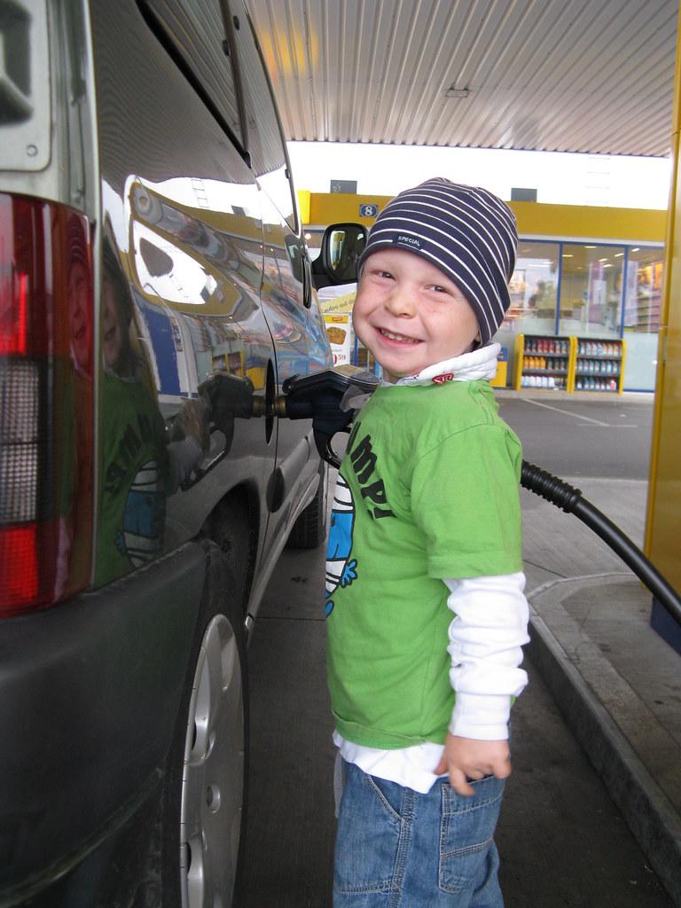 Netter Tankstellenwart