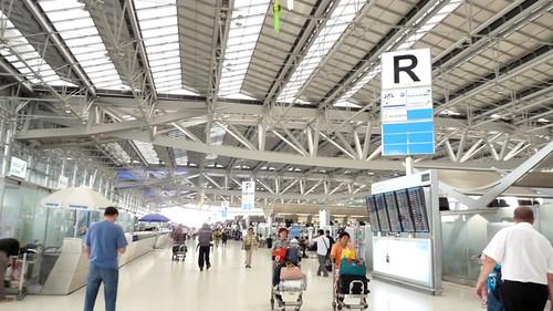 エアーアジアでスラタニーバンコク往復(スワンナブーム空港出発)