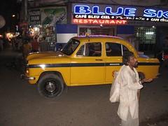Mooie Ambassadors als taxi