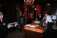 403_Paris_2009nov (emzepe) Tags: november paris france fall restaurant la frankreich au le 25 rue prizs francia 2009 petite stefano petit riche zambon sz tterem franciaorszg hres peletier