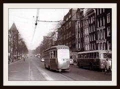 Amsterdam, Rozengracht (1956) (Amsterdam RAIL) Tags: bus amsterdam trolley tram 1956 streetcar autobus tramway strassenbahn 545 electrico tranvia gvb rozengracht aec tramvia stadsbus verheul gvba drieasser lijndienstautobus gvb545 gvb190