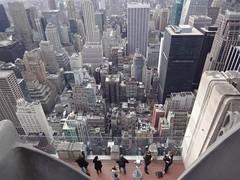 plongée (ajea) Tags: newyork buildings manhattan jour topoftherock gratteciels