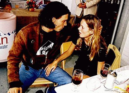 johnny_depp_kate_moss_4-thumb-440x318-27248