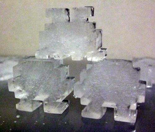 インベーダーの氷