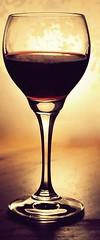 (Herzlich(t)) Tags: light glass licht warm wine wein