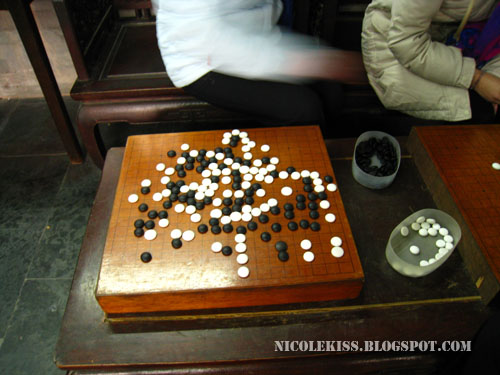 black white checkers