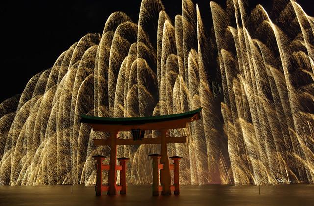 Miyajima Water Fireworks[Worldheritage]