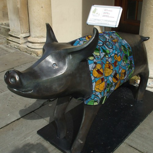 Pig in Clover outside Assembley Rooms in Bath