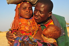 a family between safe traditions and uncertain future (luca.gargano) Tags: africa family sunset huila angola gargano lucagargano mumuhuila mumuhuilas