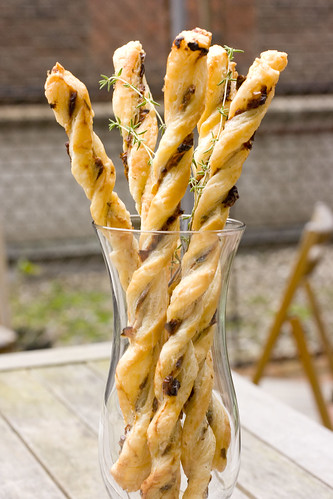 Thyme and Sun-Dried Tomato Twists