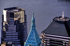 19931100 USA New York Bird's Eye (j.ardin) Tags: roof usa newyork downtown manhattan roofs dach birdseye vogelperspektive dächer
