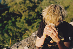 (gonzgarc) Tags: morning cliff breakfast tea cutie cal blonde