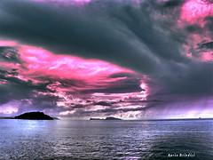 Temporale su Capri - Stormy weather over Capri (Marioleona) Tags: sunset italy clouds capri tramonto nuvole hdr paesaggio pozzuoli mariobrindisi