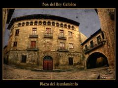 Plaza Ayuntamiento de Sos del Rey Catolico. (by CapitanDigital)