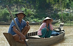 Life on the Delta (Matteo Allegro [www.matteoallegro.com]) Tags: people water hat river boat couple asia delta east vietnam jungle tropical everyday far mekong 5photosaday