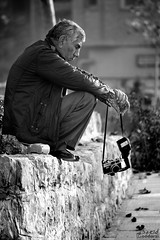 (saeid.goodarzi) Tags: camera old blackandwhite bw analog canon photographer iran iranian  esfahan         33pol   analogcameras     iranianpeople      canonefs55250mmf456is