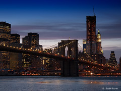 Brooklyn Skyline (Rinaldi Riccardo) Tags: york bridge skyline brooklyn night canon eos ponte explore rinaldi nott notte doppiar