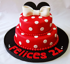 Minnie (Mariana Pugliese) Tags: red blanco cake rojo negro mini disney mickey minnie feliz cumpleaos torta pisos corazones lunares orejas decorada 2pisos felices21 241543903 marianapugliese pugliesem tortasdemariana