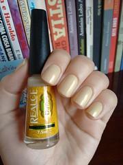 Namastê - Realce (Mari Hotz) Tags: bege neutro dourado esmalte unha realce