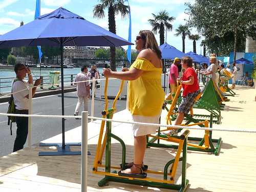 Sport at Paris Plage. It may take some people more time to lose that extra weight than others...<br>Photo: JasonW