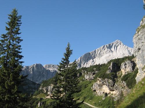 Erster Blick auf die Alpspitze